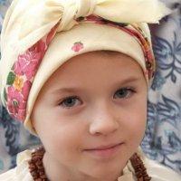 В платочке. :: Надежда Парфенова