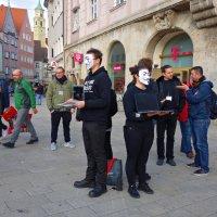 Молчаливый протест птотив убийства животных....Augsburg :: Galina Dzubina