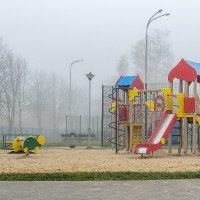 Детская площадка. :: Владимир Ф