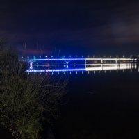 Мост через Волгу. :: Виктор Евстратов