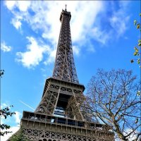 Эйфелева башня - визитная карточка Парижа :: Нина Корешкова