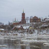 Река Сылва и Тихвинский храм :: Алексей Сметкин