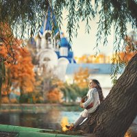 У храма :: Надежда Антонова