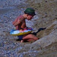 Щас,как построю песчаный замок! :: Sergey Gordoff