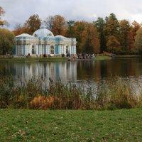 Пруд в парке :: Галина Козлова