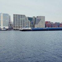 Водный транспорт Амстердам Нидерланды :: Alm Lana