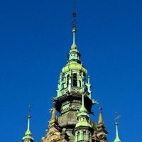 Башня вокзала :: Сергей Карачин