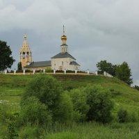Церковь Рождества Богородицы XIV века :: Юрий Моченов