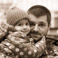 Так только дочь может любить отца :: Олег Соболев