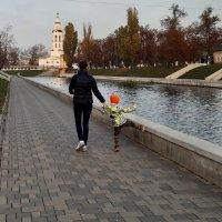 На набережной :: Николай Филоненко