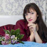 Девушка и букет :: Мария Романтеева