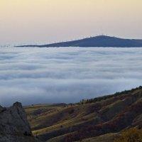 Меганом в тумане. :: Геннадий Валеев