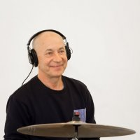 "Останкино, телеканал ""Ностальгия"", музыкант Александр Акинин. 04.11.2019 года. :: Валерий Щербин"