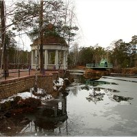 Осенний парк. :: Александр Шимохин