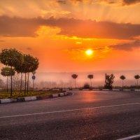 Рассвет в окрестностях г.Апшеронска :: Геннадий Клевцов