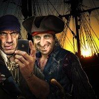 Пираты Израэль Хэндс и Джордж Мэрри. Коллаж. :: Владимир Гурьянов