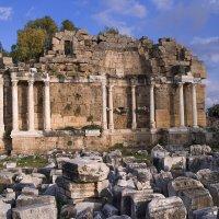 Руины некогда великой Византии :: Юрий Губрий