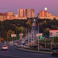 Задевая крыши :: Сергей Шатохин