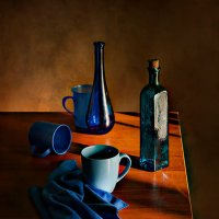 синяя посуда :: Viacheslav Krasnoperov