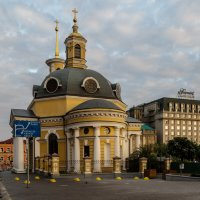 Церковь Рождества Христова на Почтовой площади :: Олег