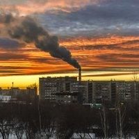 Закат в  Екатеринбурге :: Evgeniy Akhmatov