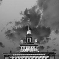 «Центральный». :: Юрий Моченов