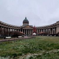 Ёлка  и Рождественский вертеп у Казанского собора :: Елена Павлова (Смолова)