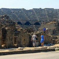 Древний амфитеатр. :: оля san-alondra