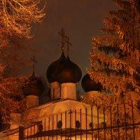 Троицкая церковь. :: Юрий Моченов
