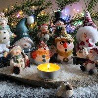 Снеговики. :: Нина Сироткина