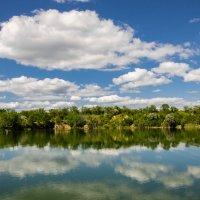 Озеро :: Юрий Хайров