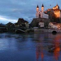 январский вечер в Аарбурге - городе и крепости на реке Ааре :: Elena Wymann