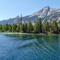 По озеру Дженни с ветерком! Далее забираемся в горы! :: Юрий Поляков