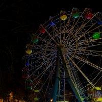 Ночная прогулка по городу :: Глеб Дубинин