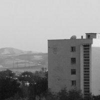 Церковь, горы и общага. :: Андрей