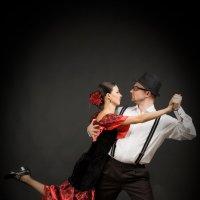 танец :: Александр Черемнов