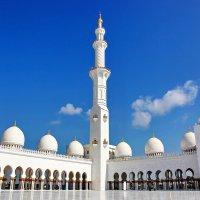 Мечеть...(ОАЭ).. :: Александр Вивчарик
