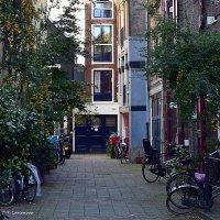 Один из двориков в центре Амстердама :: Татьяна Ларионова