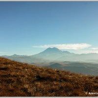 Эльбрус с  плато Канжол :: Александр Богатырёв
