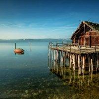 Дом на деревянных сваях :: Bo Nik