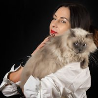 дама с котом :: Юрий Никульников