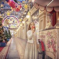 Мороженое в ГУМе самое вкусное! :: Надежда Антонова