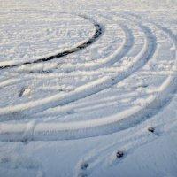 следы на снегу :: Елена