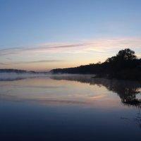 Рассвет на озере Дичковское :: Денис Бочкарёв