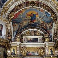 В Исаакиевском соборе (Санкт-Петербург) :: Ольга И