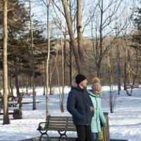 Прогулка пор парку :: Сергей Бойко