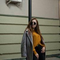 Девушка на улицах города #5 :: Дмитрий Коваленко