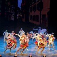 Grand Канкан в Московском театре оперетты :: Валерий Судачок
