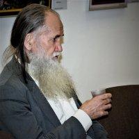 НА ВЫСТАВКЕ :: Виктор Никитенко