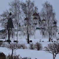 в монастырских стенах :: Григорий Вагун*